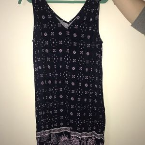 Gap flowy v-neck dress